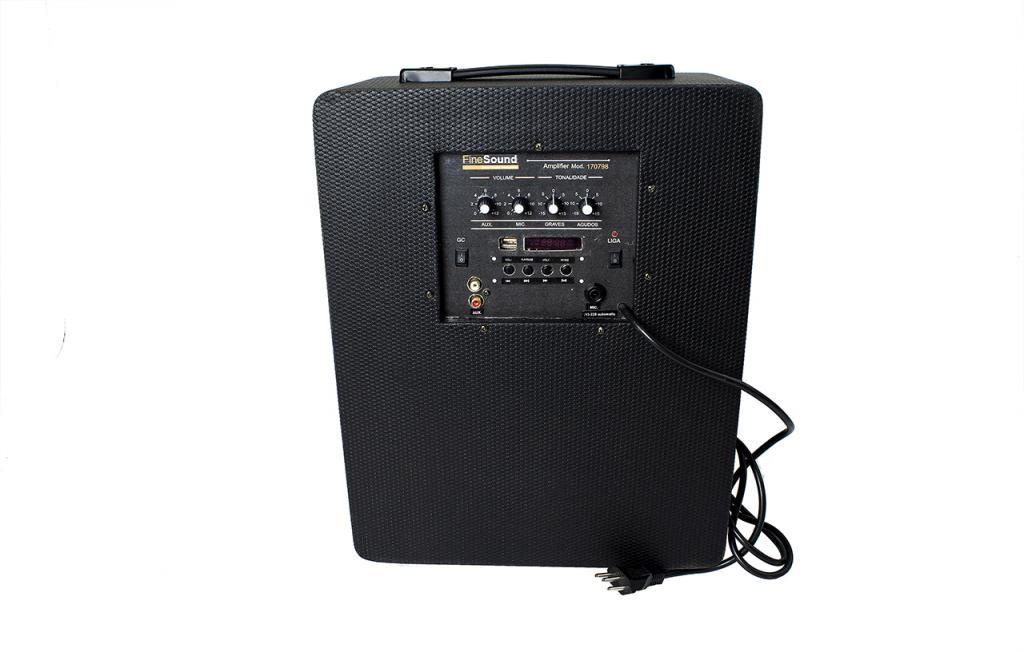 Amplificador de som ambiente para academia